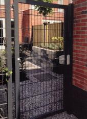 Puerta jardin